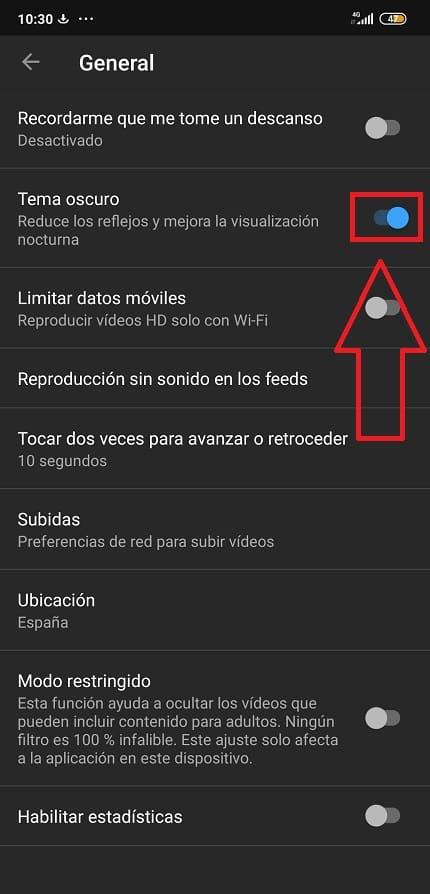activar modo oscuro youtube por dónde