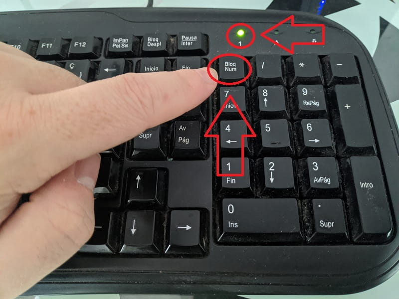 activar el bloqueo del teclado numérico al arranque