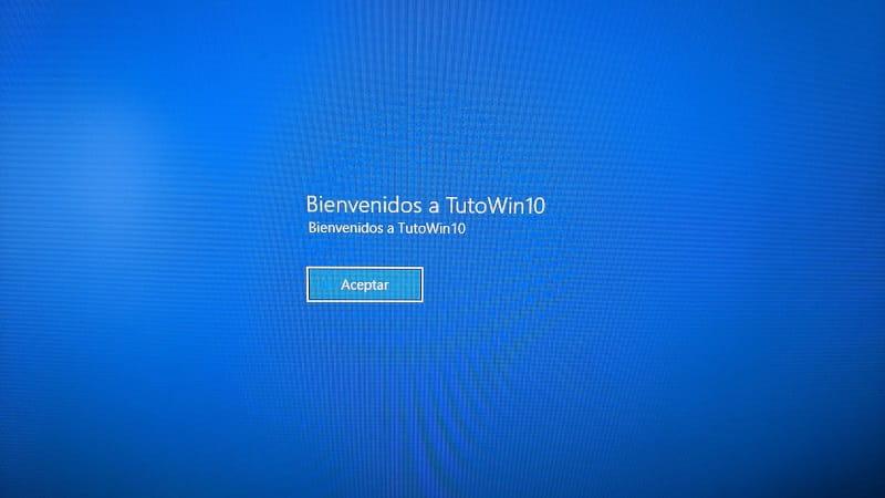 cambiar mensaje de bienvenida windows 10