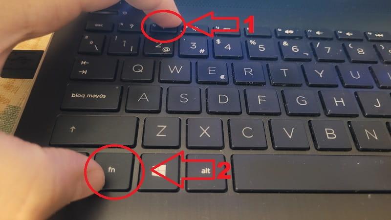pulsar la tecla f12 en laptop.