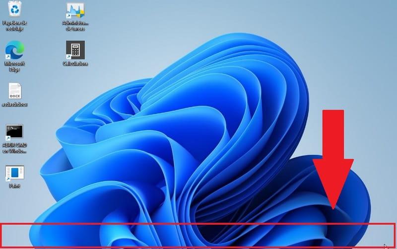 esconder automáticamente la barra de tareas windows 11.